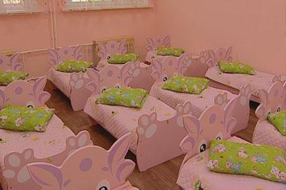 В белогорских детсадах обновляют мебель
