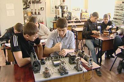 Амурские студенты и преподаватели собирают уникальные приборы
