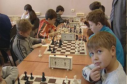 Ученики 14-й благовещенской школы выиграли городской турнир по шахматам