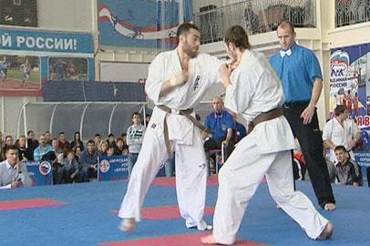 Амурчане победили в чемпионате области по киокушинкай-карате