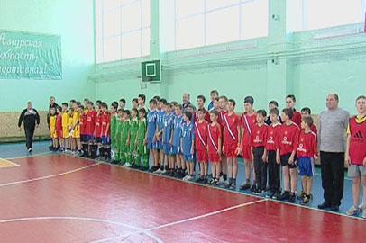 Школьники села Марково получили новогодний спортивный подарок