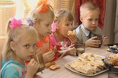 Многодетные амурские семьи получат специальное пособие