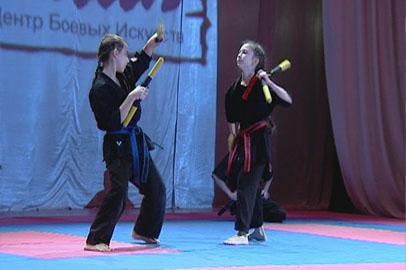 Амурские спортсмены продемонстрировали владение традиционным японским оружием