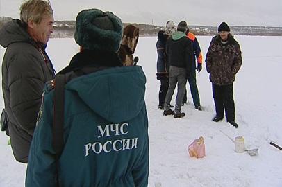 Спасатели призывают амурчан быть бдительными на замёрзших водоёмах