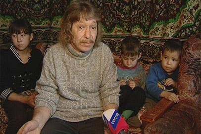 В Серышевском районе многодетная семья может остаться без крыши над головой