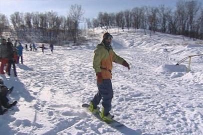 В Благовещенске прошли соревнования по дисциплине сноубординга «slopestyle»
