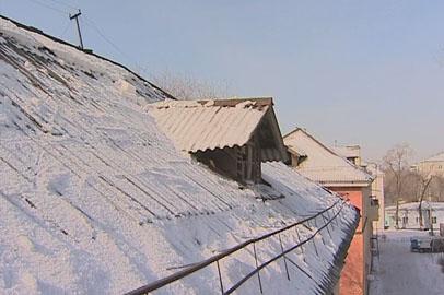 Благовещенский сити-менеджер взмыл над крышами и пригрозил наказать коммунальщиков
