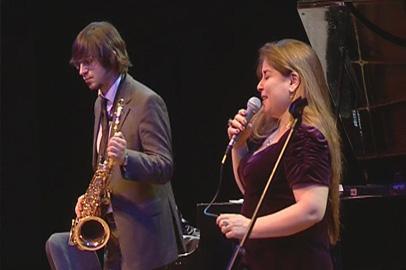 В Благовещенске выступила «принцесса джаза» Сибель Кёсе