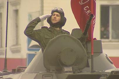 В Параде Победы в Белогорске участвовали 27 боевых машин