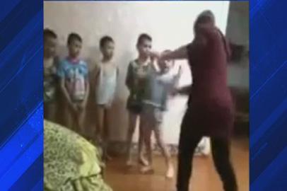 Старшеклассницы Мазановского дома-интерната «воспитывали» малышей с помощью ремня