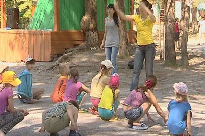 В загородных детских лагерях Приамурья открылась первая смена