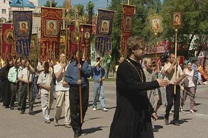 Крестный ход в честь юбилея Приамурья и дома Романовых прошел в Благовещенске