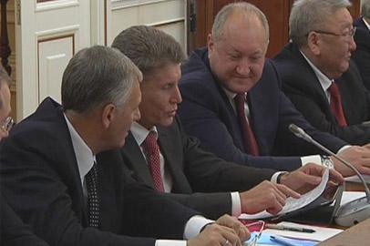 Губернатор Приамурья поднял на Госсовете вопрос нехватки медкадров в регионе