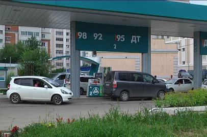 Жители Благовещенска «оккупировали» магазины и автозаправки