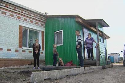 Жители подтопленного села Гродеково готовятся к холодам