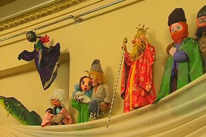 В Амурском театре кукол показали героев прежних постановок
