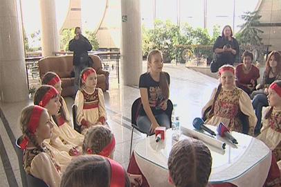 Воспитанники ансамбля «Ладушки» взяли мастер-класс у фолк-певицы Марины Девятовой