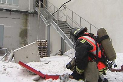 Спасатели потушили условный пожар в одном из торговых центров Благовещенска