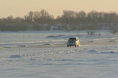 На реках Селемджа и Гилюй заработали ледовые переправы