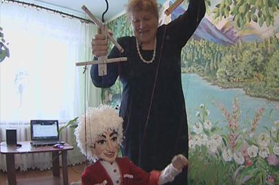 Собственный кукольный театр пытается создать мастерица из Белогорского района