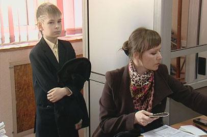Загранпаспорт в порядке отдельной очереди могут сделать детям благовещенские родители