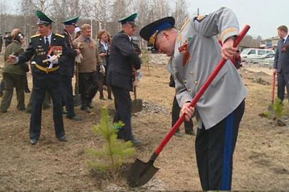 Сковородинский погранотряд отметил 90-летие посадкой деревьев