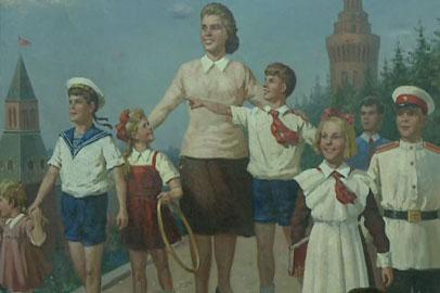 В Благовещенске открылась выставка картин в духе соцреализма