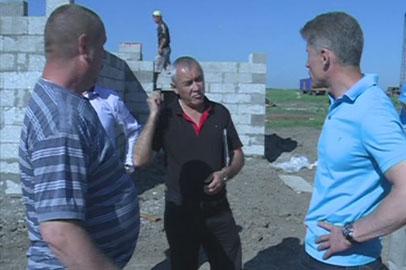 Олег Кожемяко призвал ускориться с возведением жилья для подтопленцев