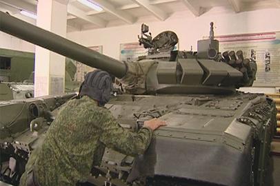 Механики-водители боевых машин срочно требуются в  ДВВКУ