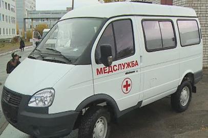 Новые автомобили «скорой помощи» получили 13 медучреждений области