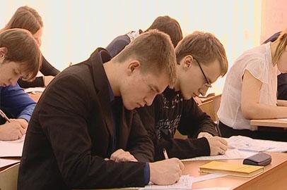 Амурские школьники сегодня потренировались в написании итогового сочинения