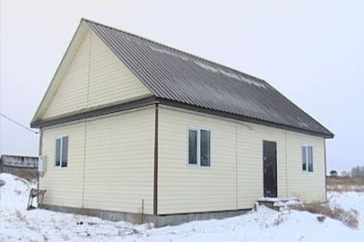 В Шимановском районе вместо домов по госпрограмме построили «скворечники»