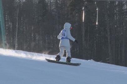 Соревнования горнолыжников и сноубордистов прошли в Тынде
