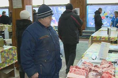 Прилавки сельхозрынка в Благовещенске опустели через два часа после открытия