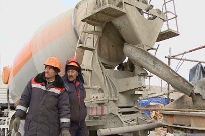 Строители Нижне-Бурейской ГЭС прошли отрезок в 400 тысяч кубометров бетона