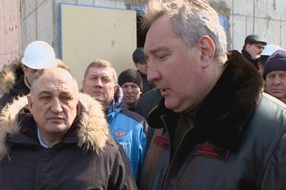 Строителям Восточного выплатили долги по зарплате после вмешательства Рогозина