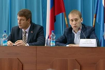 Александр Козлов отправился в рабочую поездку по муниципалитетам области