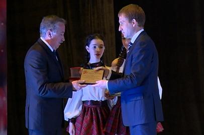 Лауреаты губернаторской премии в области искусства получили по 100 тысяч рублей