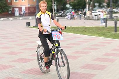 В Благовещенск приехала 74-летняя велопутешественница из Твери