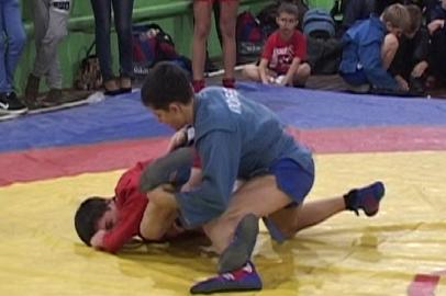 Самбистов всероссийского уровня готовят в спортивной секции поселка  Магдагачи
