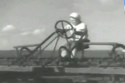О трудовых подвигах амурских аграриев в августе 1945г. и о борьбе с суррогатным алкоголем в области