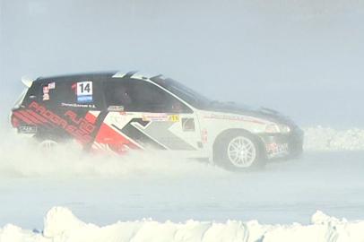 Автогонки на льду прошли в окрестностях Благовещенска