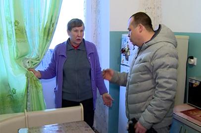 В Екатеринославке новоселы пожаловались на сосульки и плесень в квартирах