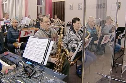 Оркестр «Амур Джаз Бэнд» выйдет на сцену в необычном составе