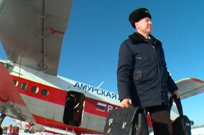 «День в профессии»: командир самолета Александр Шульгин