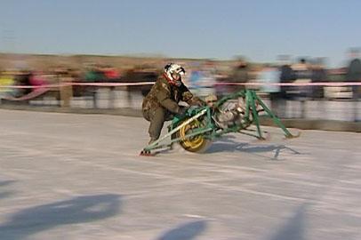 Гонки на гибридах санок и мотоциклов прошли в окрестностях Благовещенска