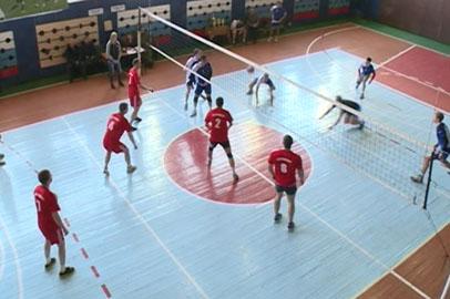 Сборная Константиновки обыграла силовиков в блиц-турнире по волейболу