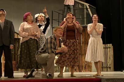 В амурском драмтеатре представят свою версию знаменитой истории «Любовь и голуби»