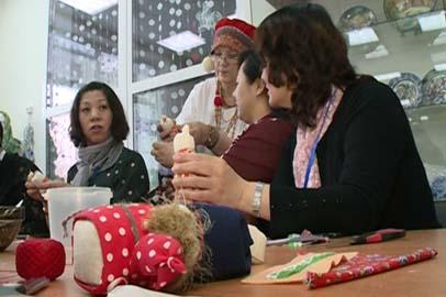 Китайские активистки посетили мастер-класс в благовещенском Доме ремесел