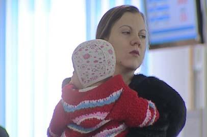 Заявления на выплату 20 тысяч рублей из материнского капитала принимают до конца марта